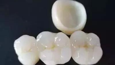 洁牙会不会损伤牙齿