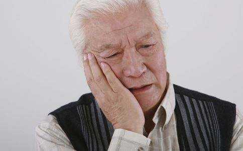 听说甲硝哩会致癌,是真的吗有哪些主要的不良 反应